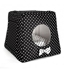 Kennel with white dots