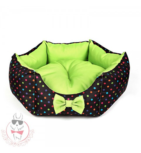 Star-shaped bed with colourful dots (green)
