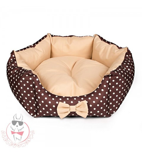 Star-shaped bed with cream dots (beige)