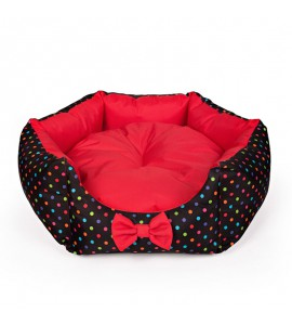 Star-shaped bed with colourful dots (red)