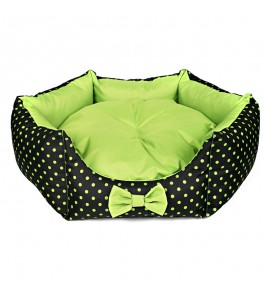 Star-shaped bed with green dots